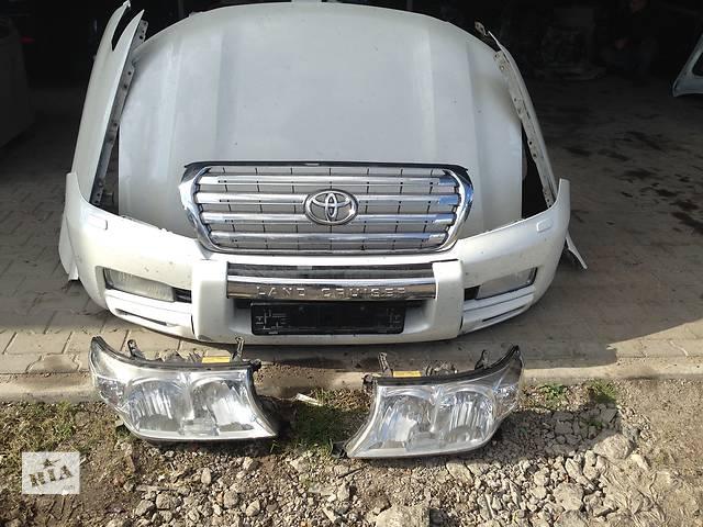 бу Б/у бампер передний для легкового авто Toyota Land Cruiser 200 в Ровно