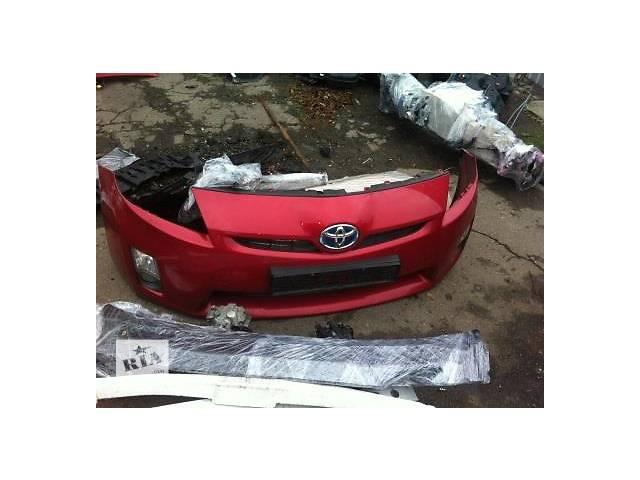 Б/у бампер передний для легкового авто Toyota Prius- объявление о продаже  в Ровно