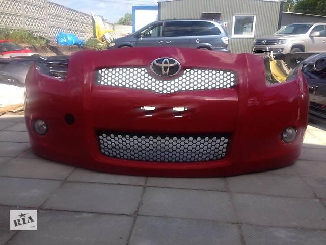 продам Б/у бампер передний для легкового авто Toyota Yaris бу в Чернигове