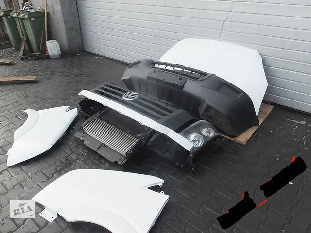купить бу Б/у бампер передний для легкового авто Volkswagen Crafter в Ровно