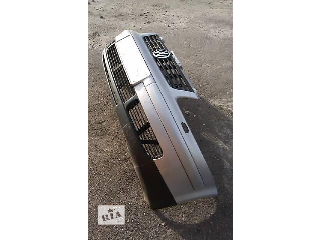 бу Б/у бампер передний для легкового авто Volkswagen Passat в Костополе