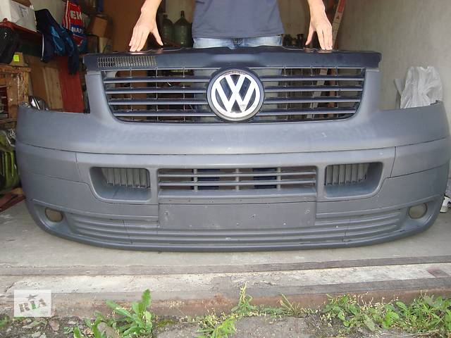 Б/у бампер передний для микроавтобуса Volkswagen T5 (Transporter)- объявление о продаже  в Житомире
