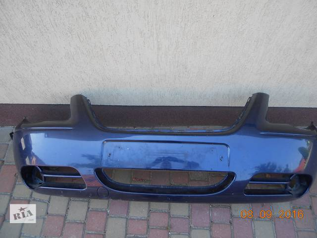 бу Б/у бампер передний для минивена Chrysler Voyager в Владимир-Волынском