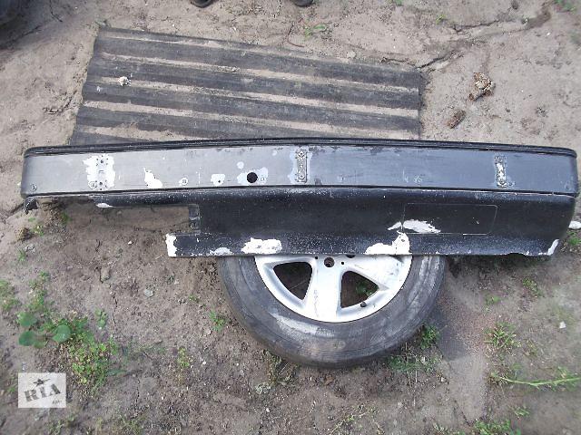 бу Б/у бампер передний для седана Mercedes 124 1991 в Днепре (Днепропетровск)