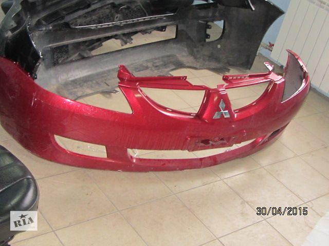 бу Б/у бампер передний для седана Mitsubishi Lancer в Киеве