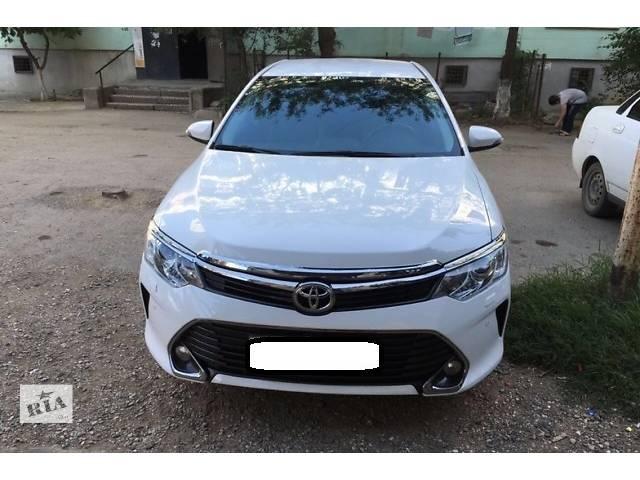 бу Б/у бампер передний для седана Toyota Camry 55 комлектный  в Киеве