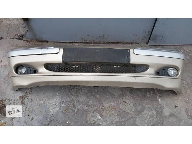 бу Б/у бампер передний Mercedes W203 2003 года в Мариуполе (Донецкой обл.)