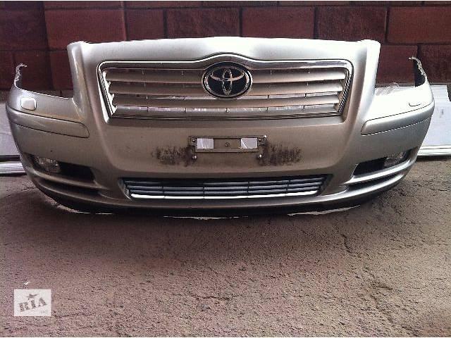 купить бу Б/у бампер передний  Toyota Avensis 2003 - 2008 в Ровно