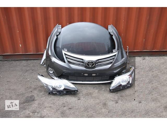 бу Б/у Бампер передний Toyota Avensis 2012-2014 в Киеве
