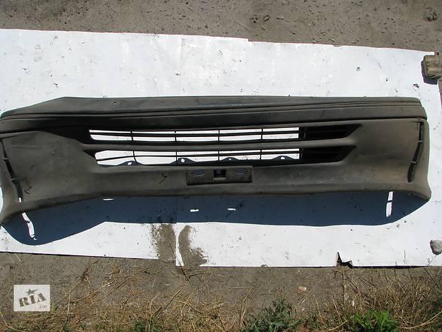 Б/у бампер передний Toyota Hiace- объявление о продаже  в Броварах