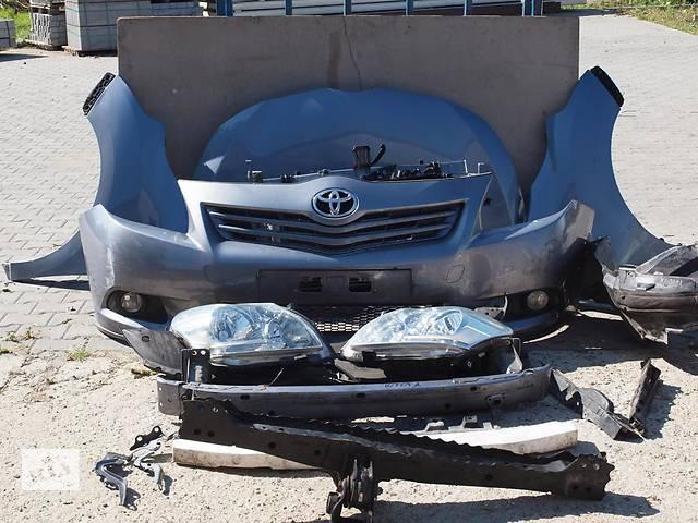 купить бу Б/у Бампер передний Toyota Verso в Киеве