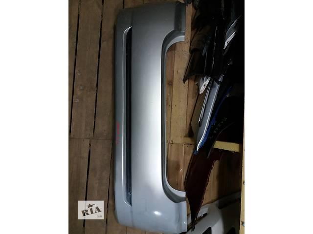 купить бу Б/у бампер задний для хэтчбека Toyota Corolla 120 5215902360 в Киеве