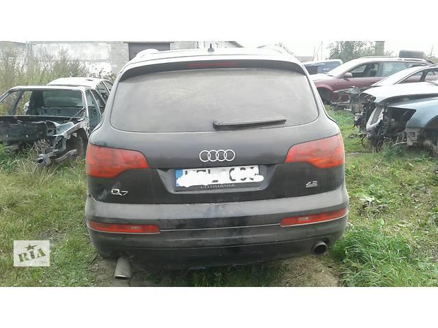 купить бу Б/у бампер задний для легкового авто Audi Q7 в Львове