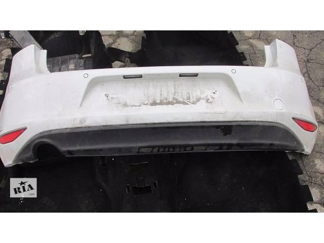 бу Б/у бампер задний для седана Volkswagen Golf VII в Пустомытах (Львовской обл.)