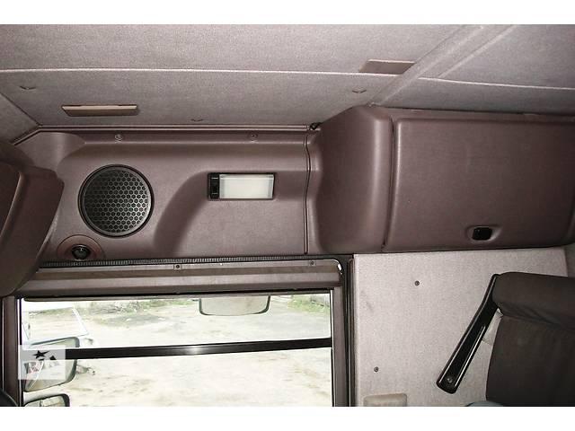 Б/у бардачок (внутренний ящик салона ) для грузовика Renault Magnum Рено Магнум 440 DXI Evro3 2005г.- объявление о продаже  в Рожище