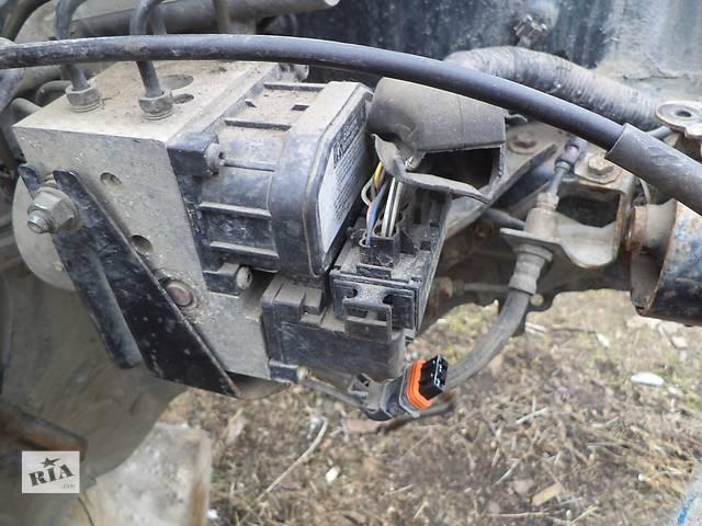Б/у блок абс 44050-05010, блок анипробуксовочной системы 89541-05050 для седана Toyota Avensis 1999г- объявление о продаже  в Киеве