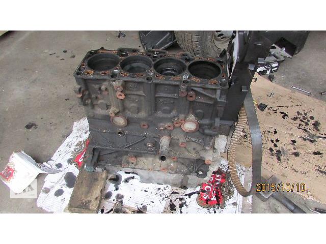 Б/у блок двигателя CAA CFC 103kw 132kw для легкового авто Volkswagen T6 (Transporter) 2011- объявление о продаже  в Хусте