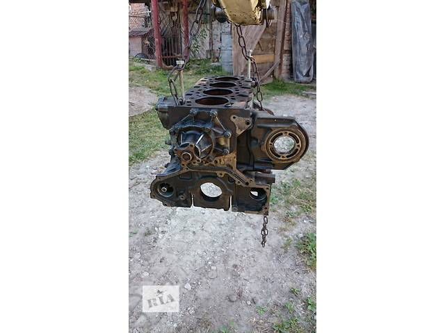 бу Б/у блок двигателя для легкового авто Kia Sorento 2.5 CRDI в Львове