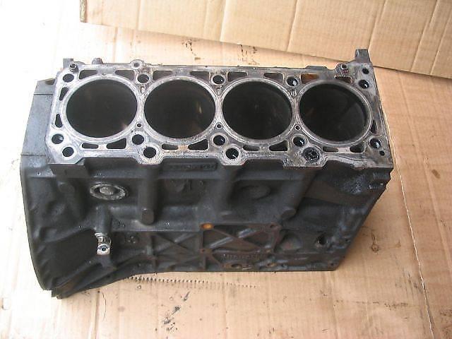 бу Б/у блок двигателя для легкового авто Mercedes Sprinter 313 в Луцке