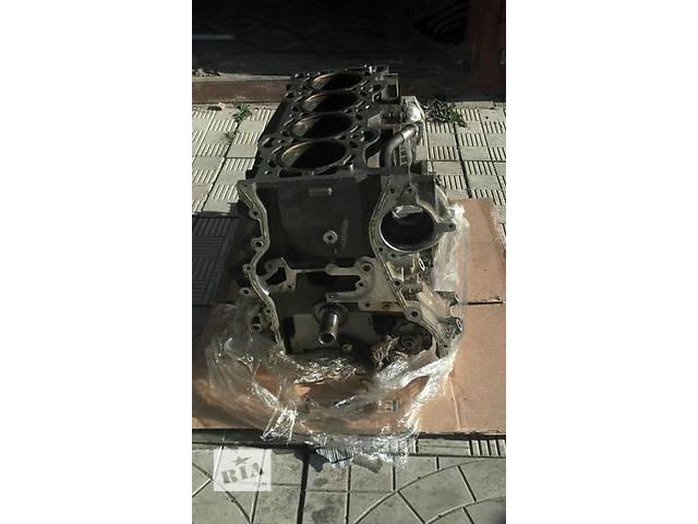 купить бу Б/у блок двигателя для легкового авто Mitsubishi Carisma 2.0 в Ужгороде