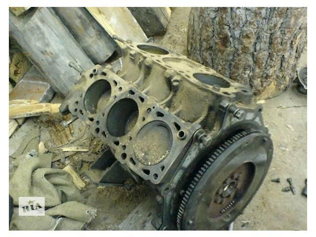 Б/у блок двигателя для легкового авто Mitsubishi Sigma 3.0- объявление о продаже  в Ужгороде