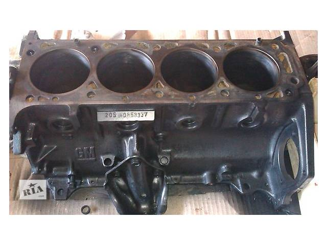 продам Б/у блок двигателя для легкового авто Opel Rekord 2.0 бу в Ужгороде