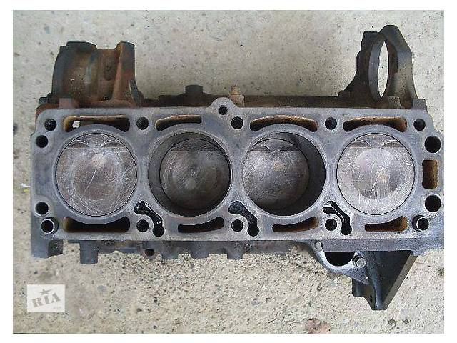 бу Б/у блок двигателя для легкового авто Opel Vectra B 1.8 в Ужгороде