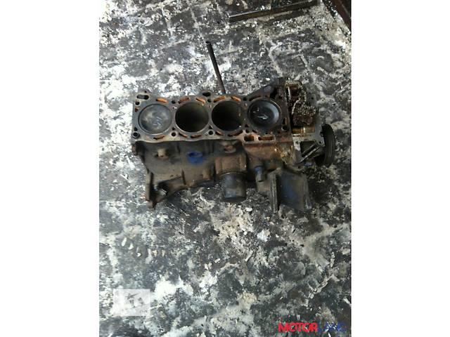 продам Б/у блок двигателя для минивена Nissan Versa бу в Луцке