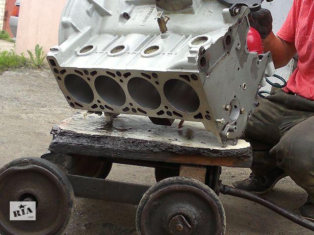 бу Б/у блок двигателя для седана ГАЗ 31105 3110 2005 двигатель 406 волга 31105 газель в Киеве