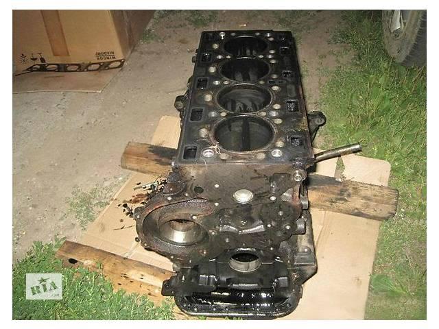 бу Б/у блок двигуна для легкового авто Renault 25 2.2 в Ужгороде