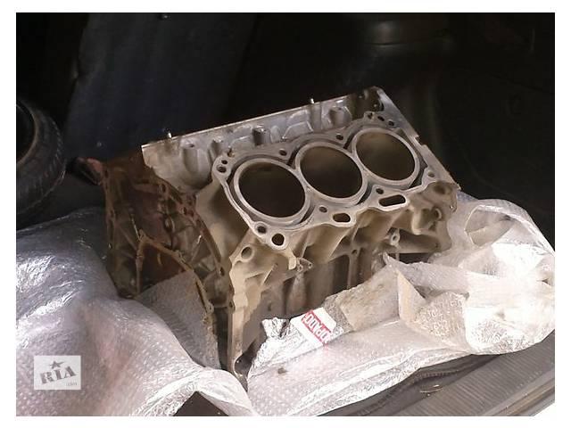 бу Б/у блок двигуна для легкового авто Renault 25 2.4 t в Ужгороде