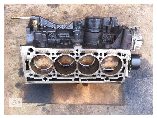 продам Б/у блок двигуна для легкового авто Renault Megane 1.6 бу в Ужгороде