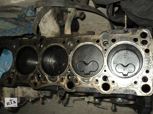 купить бу Б/у блок двигуна для легкового авто Volkswagen T4 (Transporter) в Тернополе
