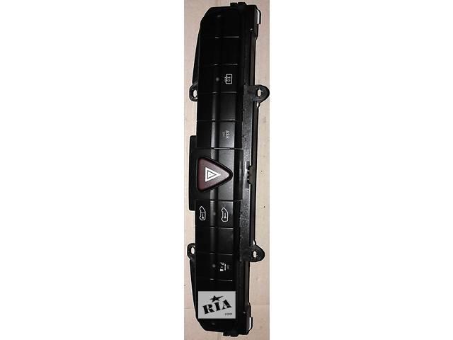 бу Б/у Блок кнопок HVW9065453507 Фольксваген Крафтер Volkswagen Crafter (06-11) в Рожище