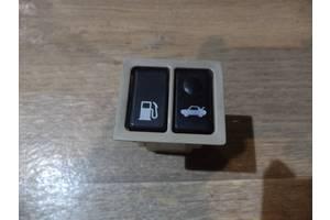 б/у Блок кнопок в торпеду Toyota Avalon