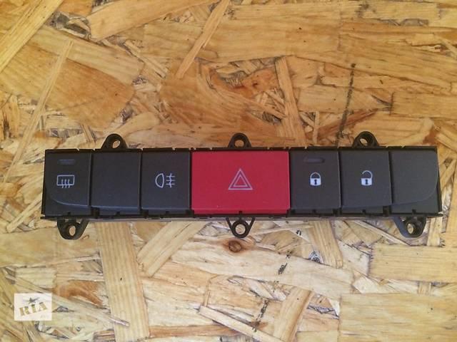 бу Б/у блок кнопок в торпеду для автобуса Citroen Jumper (3) Боксер Джампер Дукато с 2006г. в Ровно
