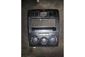б/у Блоки кнопок в торпеду Hyundai Coupe