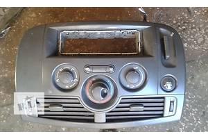 б/в Блоки кнопок в торпеду Renault Scenic