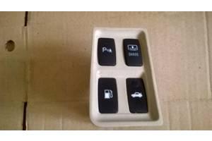 б/у Блок кнопок в торпеду Lexus ES