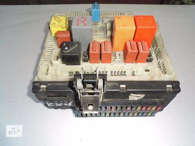 Б/у блок предохранителей для легкового авто Ford Escort.- объявление о продаже  в Буче