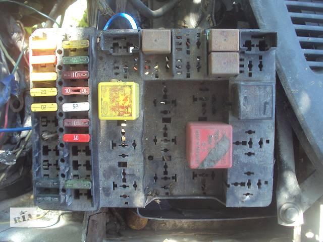 продам Б/у блок предохранителей проводка реле блоки для легкового авто Ford Sierra бу в Горишних Плавнях (Комсомольске)