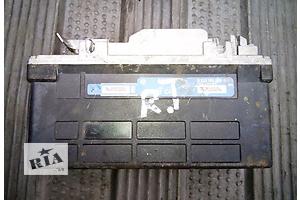 б/у Блок управления ABS Renault Trafic