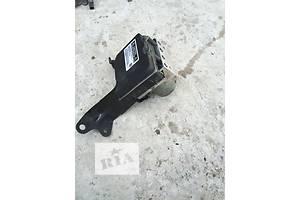 б/у Блок управления ABS Toyota Camry