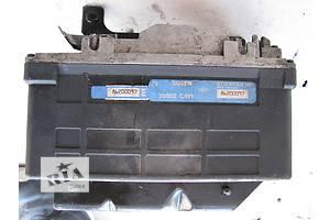 б/у Блоки управления ABS Renault Trafic