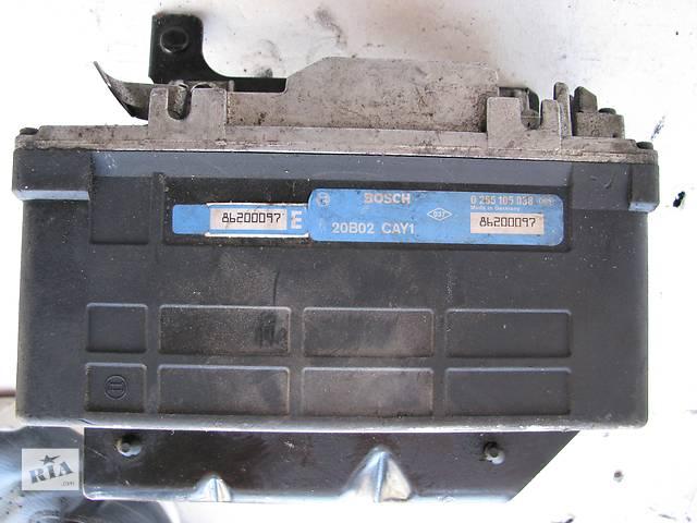 купить бу Б/у блок управления ABS Renault Trafic в Броварах