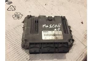б/у Блоки управления двигателем Renault Mascott