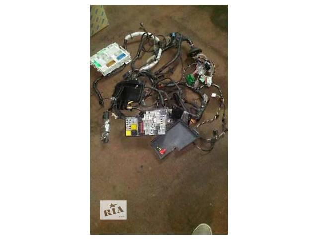 бу Б/у блок управления двигателем для хэтчбека Ford Focus 3 в Мукачево