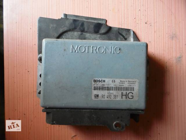 продам Б/у блок управления двигателем для легкового авто Opel Omega B бу в Дубно (Ровенской обл.)