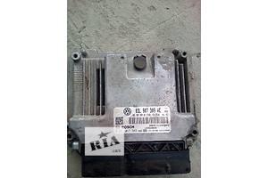 б/у Блоки управления двигателем Volkswagen Passat B7