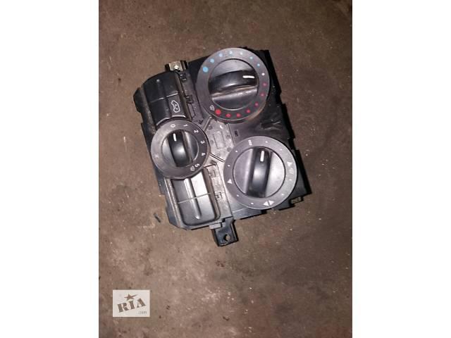 продам Б/у блок управления печкой для Mercedes Vito 639 бу в Ковеле
